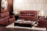 Sofá de couro tradicional de cor escura