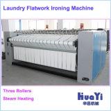 Completa de la máquina automática de las lavanderías comerciales de planchado