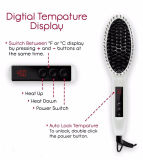 O Straightener do cabelo do vapor com calor rápido da escova até 230c ou 450f máximo, peroliza o branco