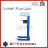 Levantador de papel para la máquina que lamina de la flauta