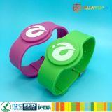 Van het e-betaling MIFARE DESFire EV1 4K de rubberband siliconeRFID horloge