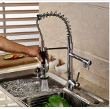 Robinet froid-chaud en laiton de bassin de cuisine de l'eau avec le bec duel