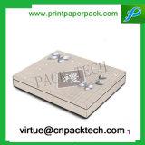 Impression rigide à la demande de luxe Kraft Card Boîte à bijoux Boîte à bijoux