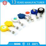 Kundenspezifische Abzuglinie-Plastikabzeichen-Bandspule auf Abzuglinie