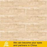 Светлая деревенская плитка фарфора для конструкции пола и стены деревянной
