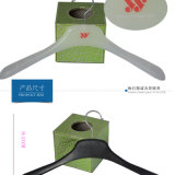 Marca de luxo Customized Color Plastic Rubber Coating Top Clothes Hangers