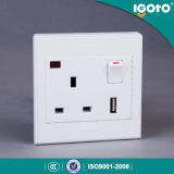 Soquete comutado USB BRITÂNICO do padrão 1gang 13A de Igoto com uso de néon para a HOME
