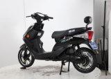 """Motocicletas elétricas e """"trotinette""""s do pneu sem câmara de ar com o assento para pés traseiro da parte traseira da caixa"""