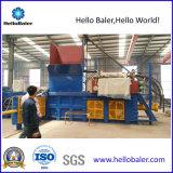 Máquina hidráulica horizontal automática de la prensa del papel usado con el transportador