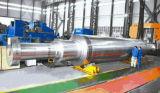 造られた鋼鉄蒸気タービンの回転子