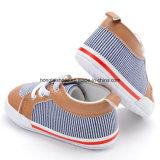 Chaussures de bébé d'intérieur d'enfant en bas âge 10