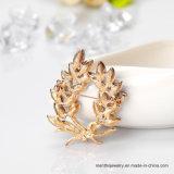 Erstklassiger Großhandelskristallschmucksachenrhinestone-Blumen-BroschePin