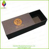 Cadre de bijou en gros de cadeau de papier argenté avec l'empaquetage doux