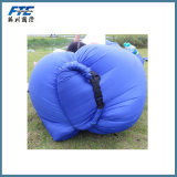 ポケットが付いている速く膨脹可能な防水膨脹可能なスリープの状態であるソファー