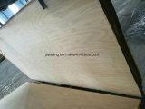 La madera contrachapada del abedul se utiliza para los muebles