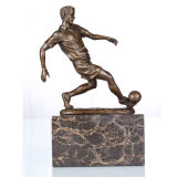 Escultura Deportes figura del futbolista se dirige Deco estatua de bronce TPE-737