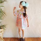 Kind-Kleidung-Baumwolltroddel-Spitze-trägerlose Kleider der Mädchen