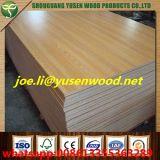 La melamina de madera de la base del álamo del grano de la textura hizo frente a la madera contrachapada