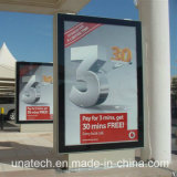 La publicité du panneau-réclame extérieur de défilement de cadre en aluminium d'éclairage LED