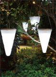 Белая пластмасса вися свет сада ярда солнечного цвета изменяя