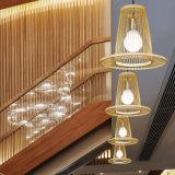 Lámpara pendiente ligera de bambú natural para la decoración casera del hotel