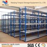 Armazenamento de armazenamento médio médio Sapn com prateleiras