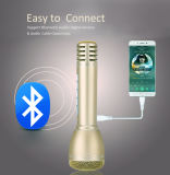 Karaoke que canta a Bluetooth portátil o altofalante sem fio mini microfone