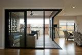 Portello di vetro di scivolamento europeo del blocco per grafici di alluminio con il reticolato di zanzara