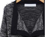 秋のヨーロッパ式の女性によって編まれるリネン綿接続カラー方法コート