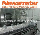 Macchinario di coperchiamento di riempimento di salto dell'imballaggio di Combiblock dell'acqua pura di Newamstar