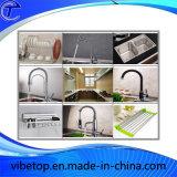 Хранение стены оборудования кухни высокого качества кладет полку на полку