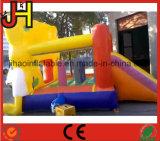 Замок хвастуна конструкции шаржа раздувной скача для малышей