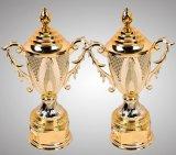 橋トーナメントのチャンピオンのための大きいサイズの金のトロフィ