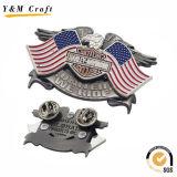 Mode et Pin chaud de revers en métal de vente (Q09647)