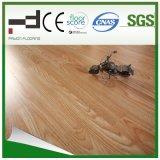 plancher stratifié par épreuve de l'eau de noix blanche de 12mm pour la chambre à coucher avec du CE et la plaque d'immatriculation