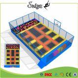 Stationnement d'intérieur de tremplin d'enfants de tremplin de rectangle de Xiaofeixia mini avec la piqûre de mousse