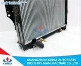 미츠비시 Pajero V43'92-96를 위한 방열기에