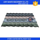 Mattonelle di tetto rivestite di pietra facili del metallo di Installationterracotta
