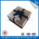 Boîte-cadeau carrée spéciale de papier de forme pour l'empaquetage de bijou