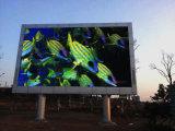 Pubblicità esterna del quadro comandi/tabellone per le affissioni del LED del TUFFO P16 video
