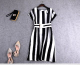 Qualitäts-kurze Hülse Striped Kleid-Dame-Kleid mit Riemen