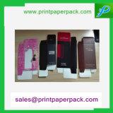 Rectángulo de papel de la tarjeta con el sello caliente y grabado para el empaquetado cosmético