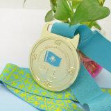 Kundenspezifische preiswerte Retro Medaille mit Farbband