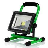새로운 12V 10W LED 일 옥외 점화 야영 태양 재충전용 투광램프 발광체