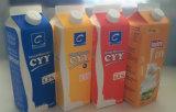 cadre triangulaire frais de carton du lait 1L/jus/crème/vin/eau avec le papier d'aluminium