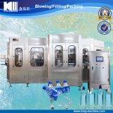Máquina que capsula de relleno del fregado de las botellas del animal doméstico para el agua mineral