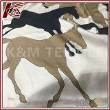 スカーフのための柔らかく、スムーズな印刷された絹ファブリック