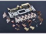 Metal que carimba as peças fazendo à máquina para outros dispositivos da tensão média ou baixa