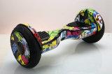Le model neuf 10 avance l'individu petit à petit de 2 roues équilibrant Hoverboard électrique