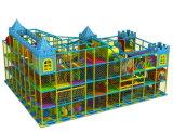 De grappige Grote Speelplaats van de Kinderen van de Speelplaats van het Vermaak Openlucht